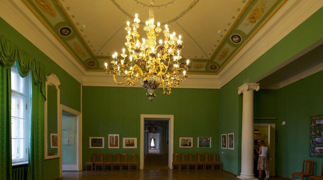 Anichkov-palatset som visar chateau eller palats och interiörer