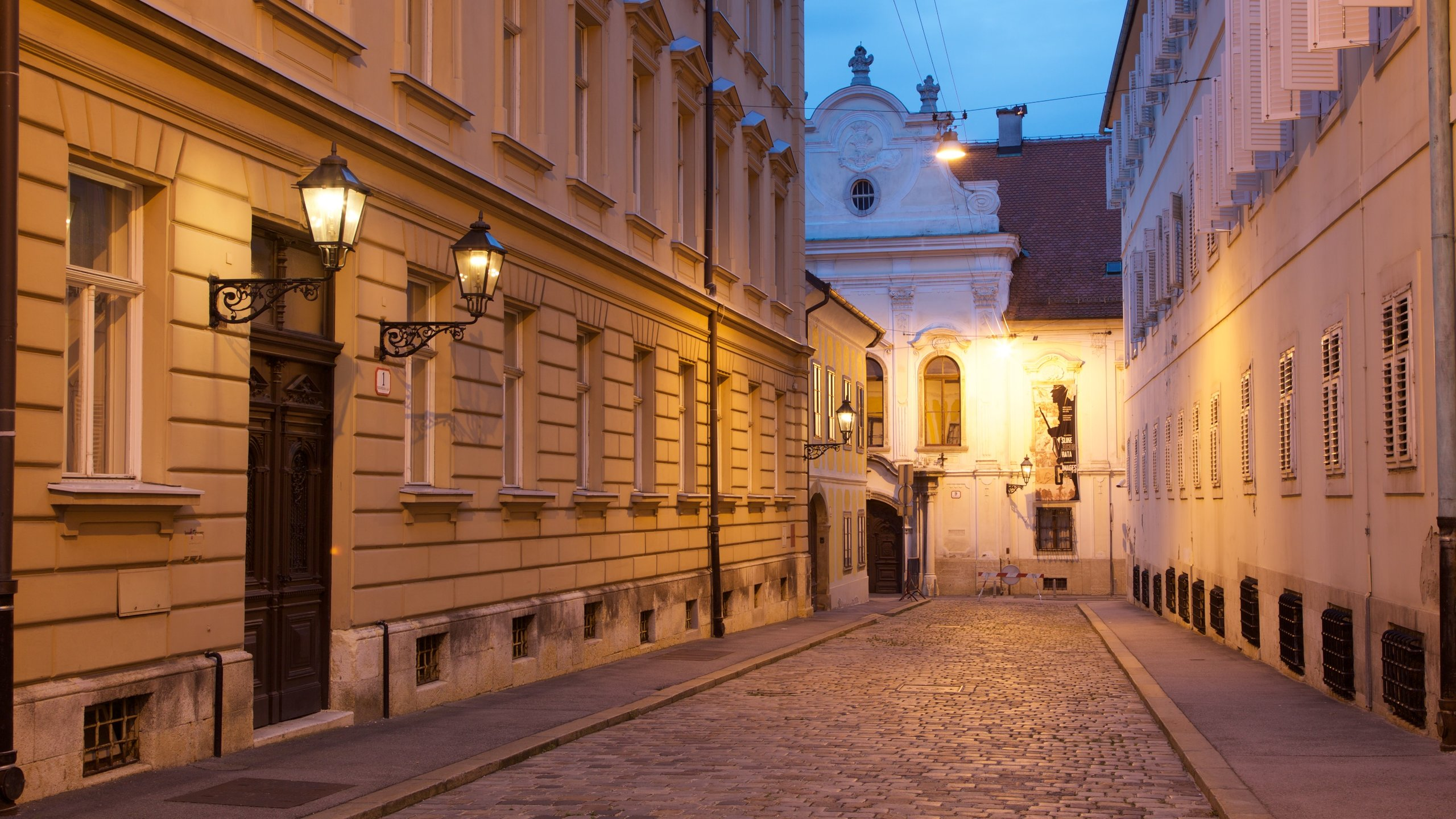 Visit Upper Town Best Of Upper Town Tourism Expedia Travel Guide