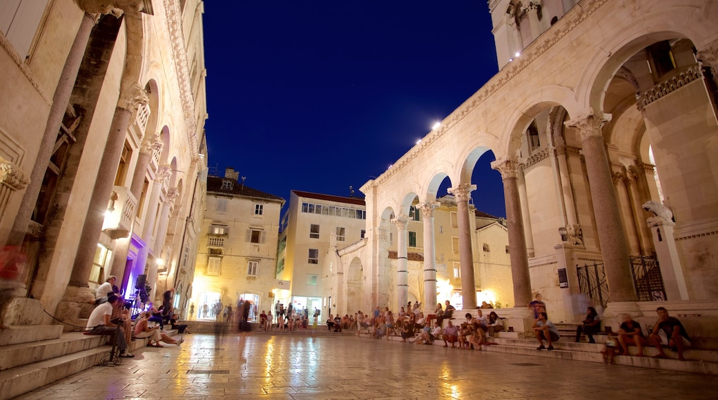 Diocletian\'s Palace featuring night scenes and a square or plaza