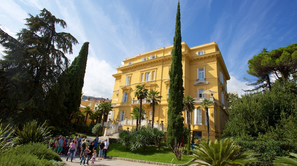 Opatija showing a garden and heritage architecture