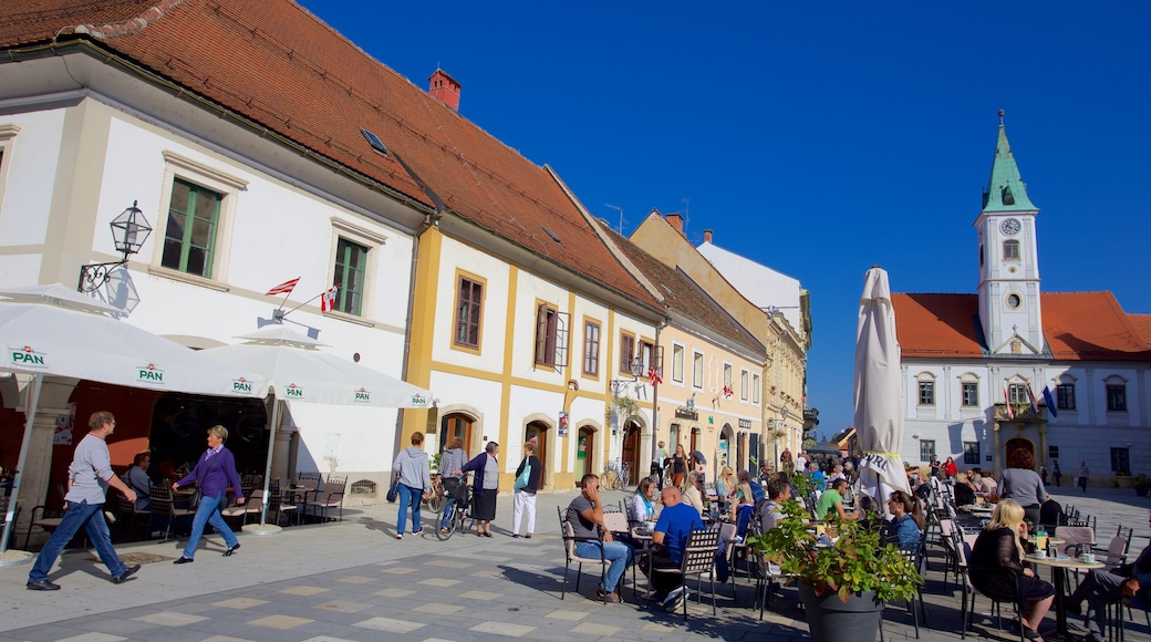 Varazdin showing outdoor eating and a square or plaza