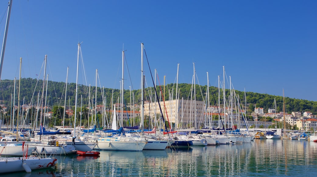Split Marina featuring a bay or harbor and sailing