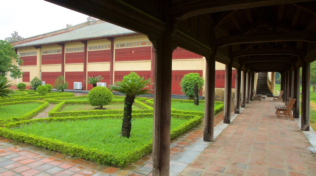 Imperial City which includes heritage architecture