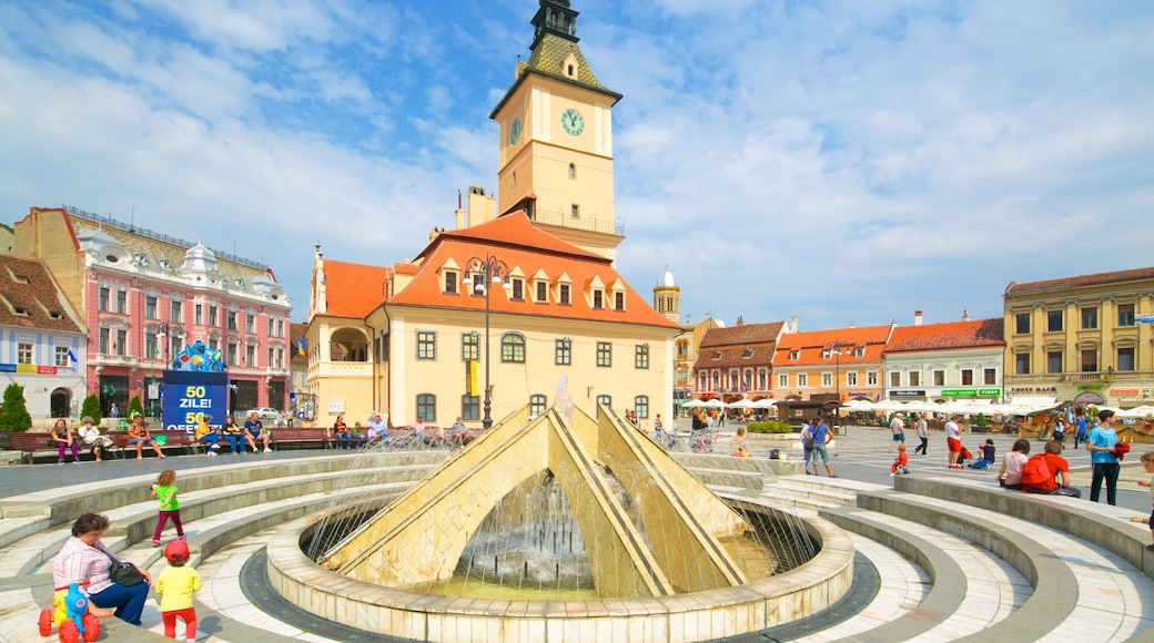 Brasov featuring heritage architecture, a city and a fountain