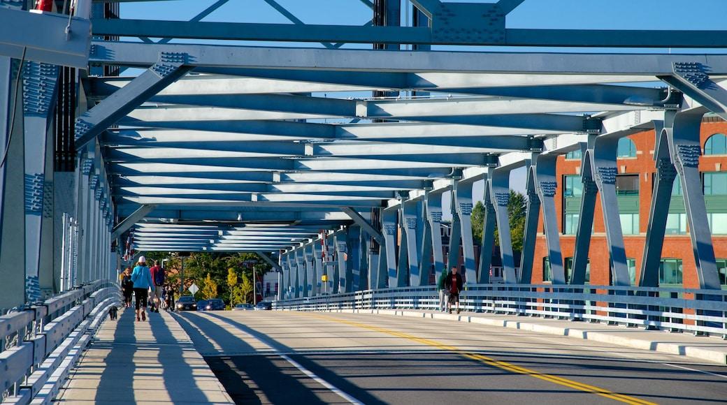Portsmouth showing a bridge