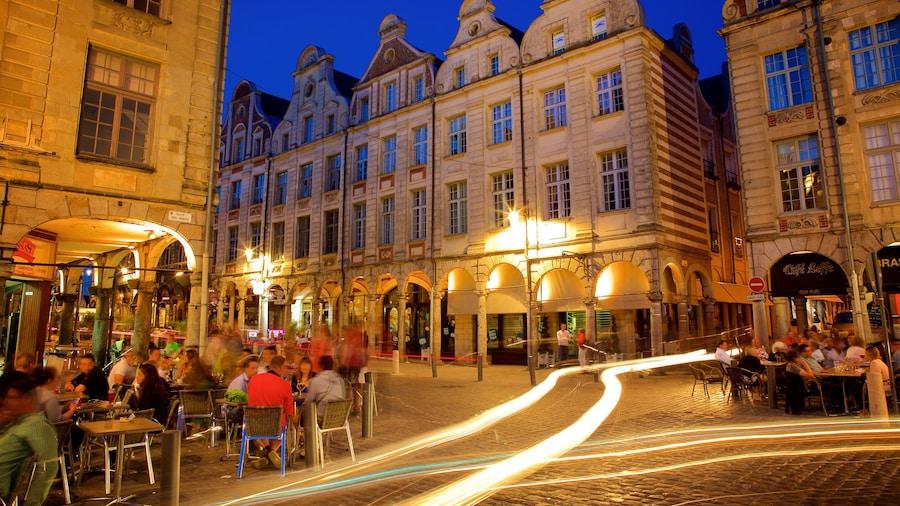 Place des Heros bevat uit eten, buiten eten en nachtleven