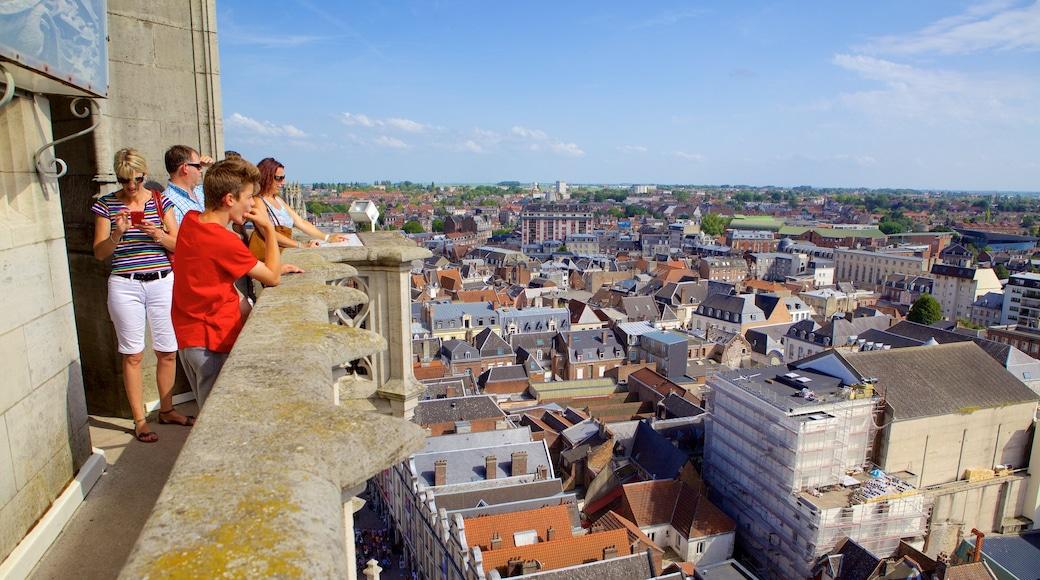 Arras qui includes église ou cathédrale, vues et ville