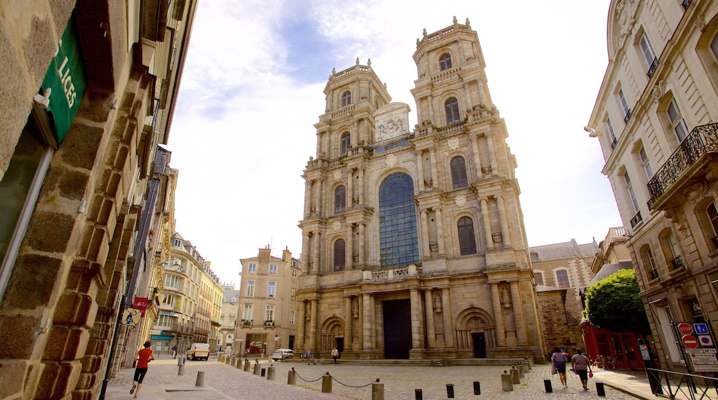 Rennes Cathedral showing heritage architecture, heritage elements and a church or cathedral