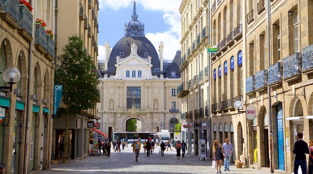 Rennes montrant patrimoine architectural, scènes de rue et patrimoine historique