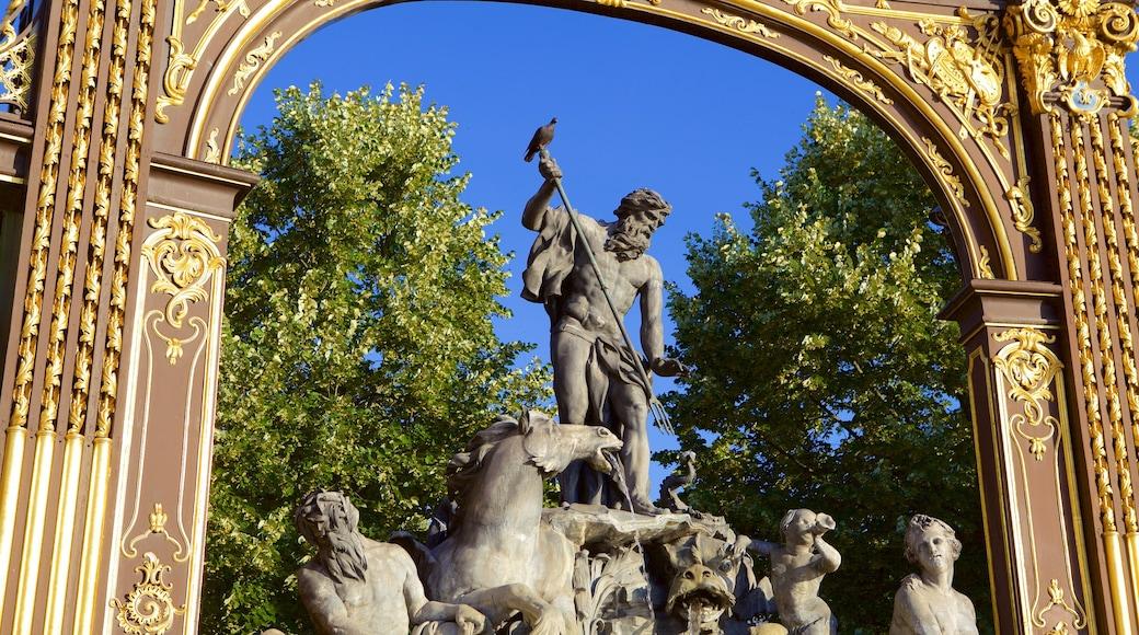 Place Stanislas welches beinhaltet Statue oder Skulptur und Geschichtliches
