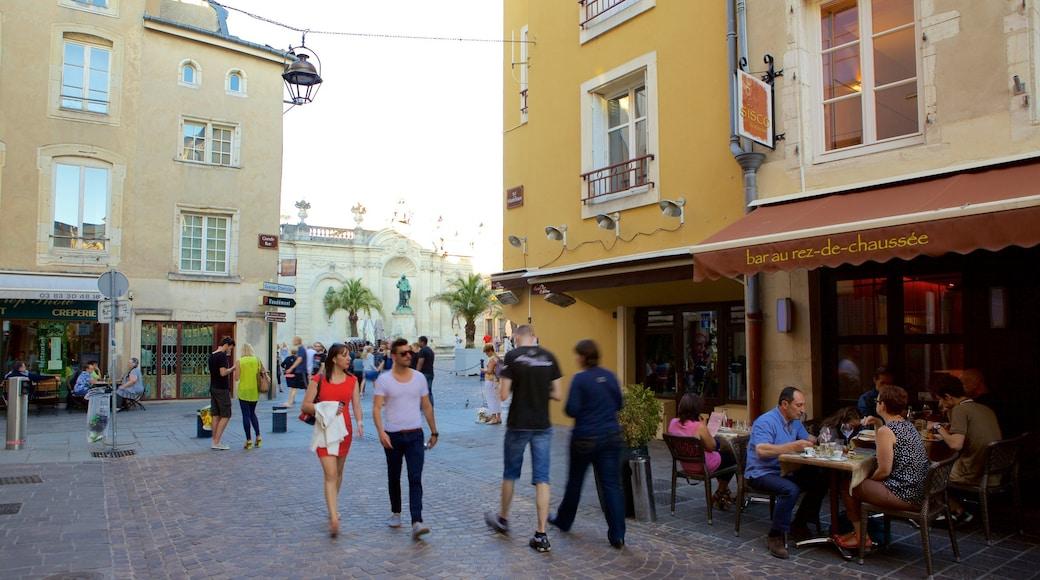 Nancy welches beinhaltet Straßenszenen und Café-Szenerien