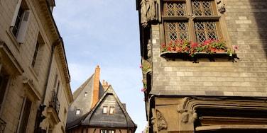 Place Plumereau ofreciendo un pueblo