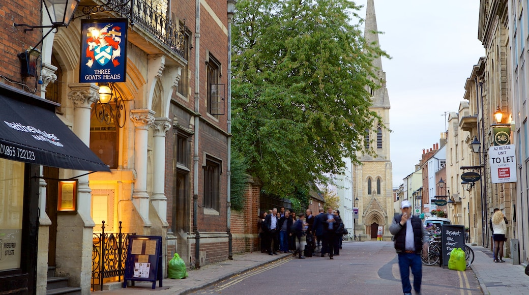 Oxford featuring street scenes as well as an individual male