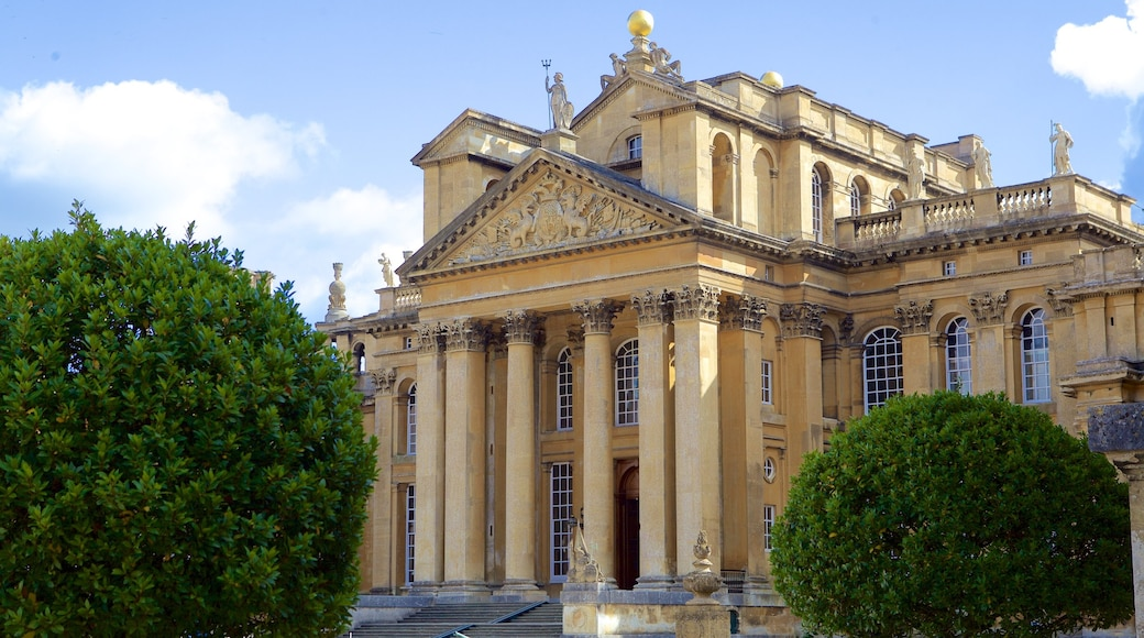 Blenheim Palace showing heritage architecture and heritage elements