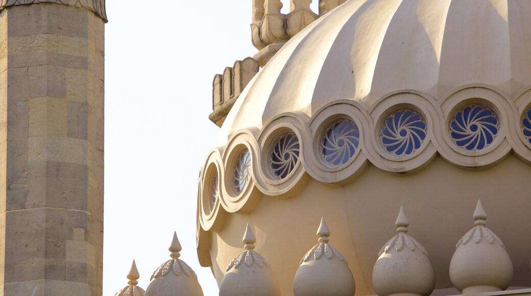 Brighton Royal Pavilion mit einem Geschichtliches, Palast oder Schloss und historische Architektur