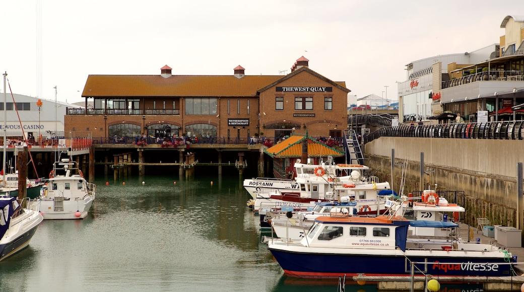 Brighton Marina which includes a marina