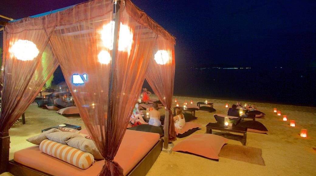 Vissersdorp bevat nachtleven en een luxueus hotel of resort