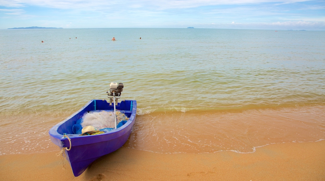 Jomtien Beach featuring boating and a beach