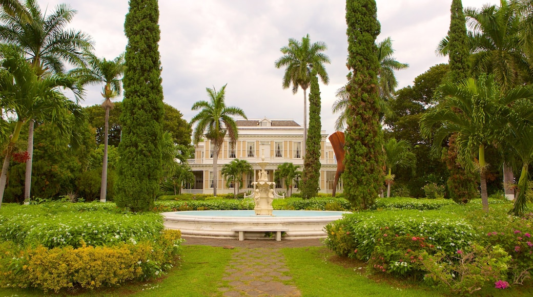 Devon House featuring a park, a fountain and a castle