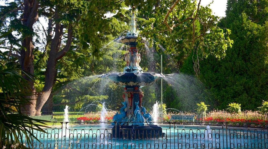 Christchurch Botanic Gardens featuring a fountain and a garden