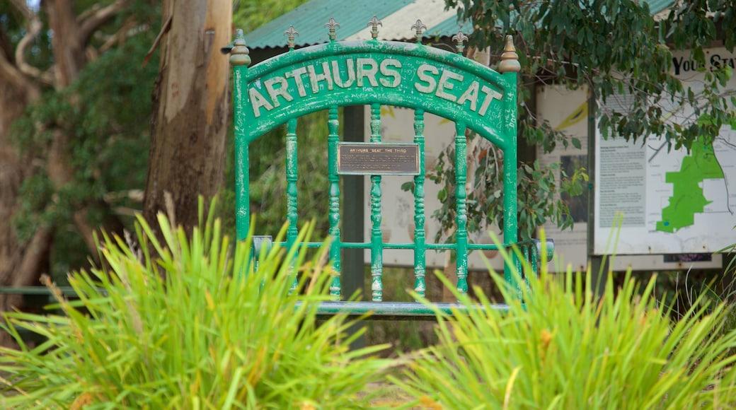 Mornington Peninsula showing signage