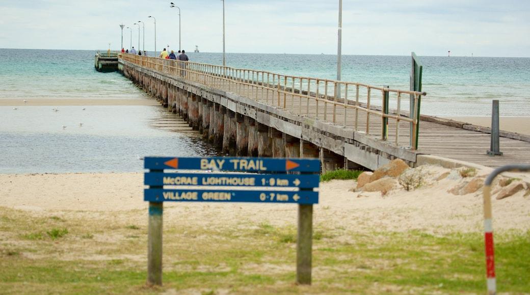 Rosebud which includes a beach