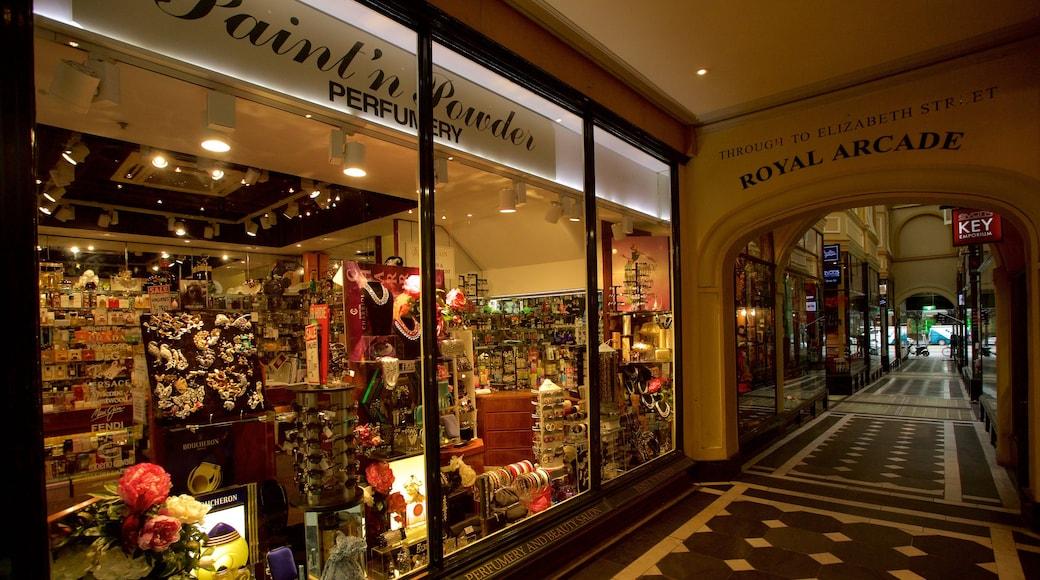 皇家商店街 呈现出 購物 和 內部景觀