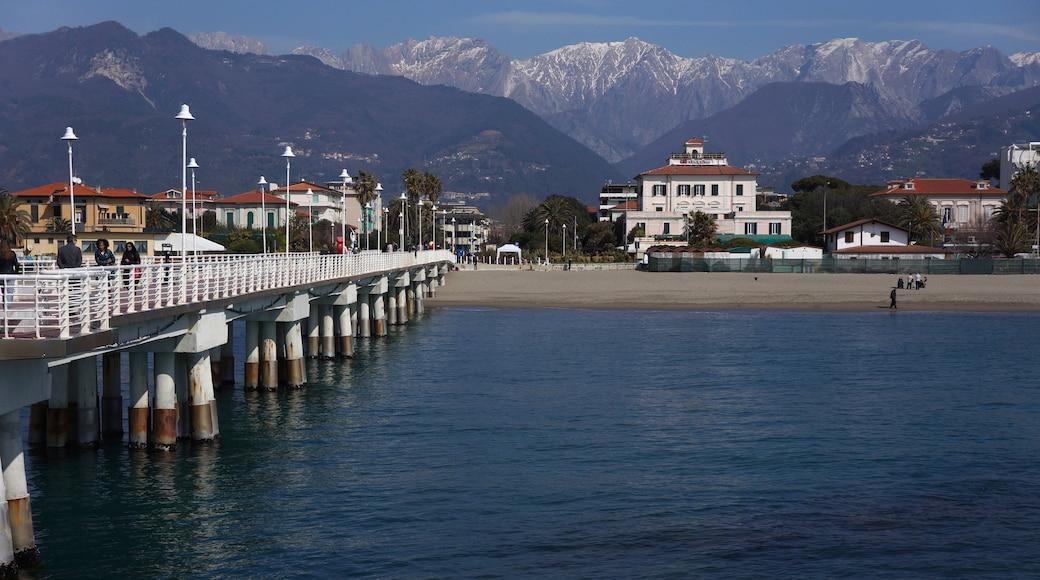 Miramare caratteristiche di montagna, spiaggia e località costiera