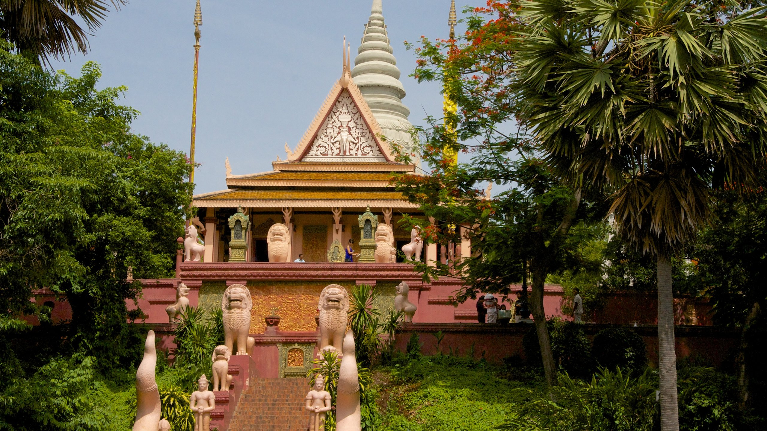 Sitting atop what is considered the only hill in Phnom Penh, this eclectic Buddhist monastery features a fascinating array of shrines, stupas and ornate buildings.
