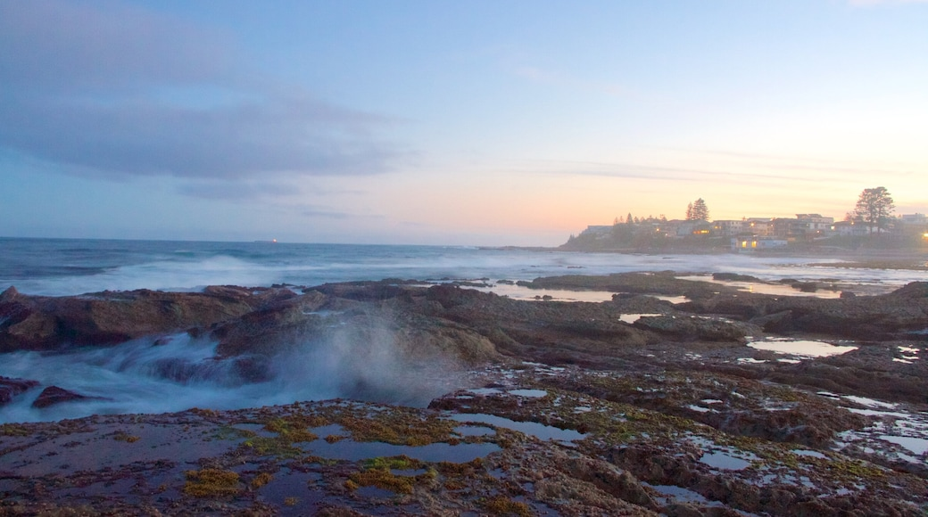 The Entrance featuring rugged coastline