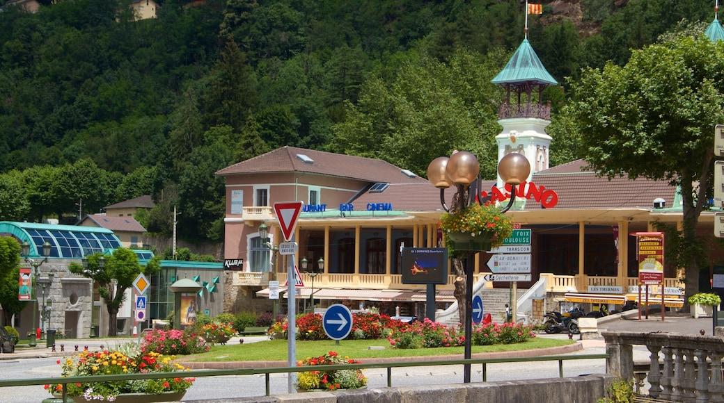 Ax-les-Thermes mettant en vedette petite ville ou village