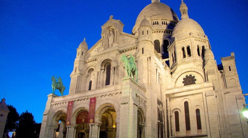 Sacré-Coeur presenterar historisk arkitektur, en kyrka eller katedral och historiska element