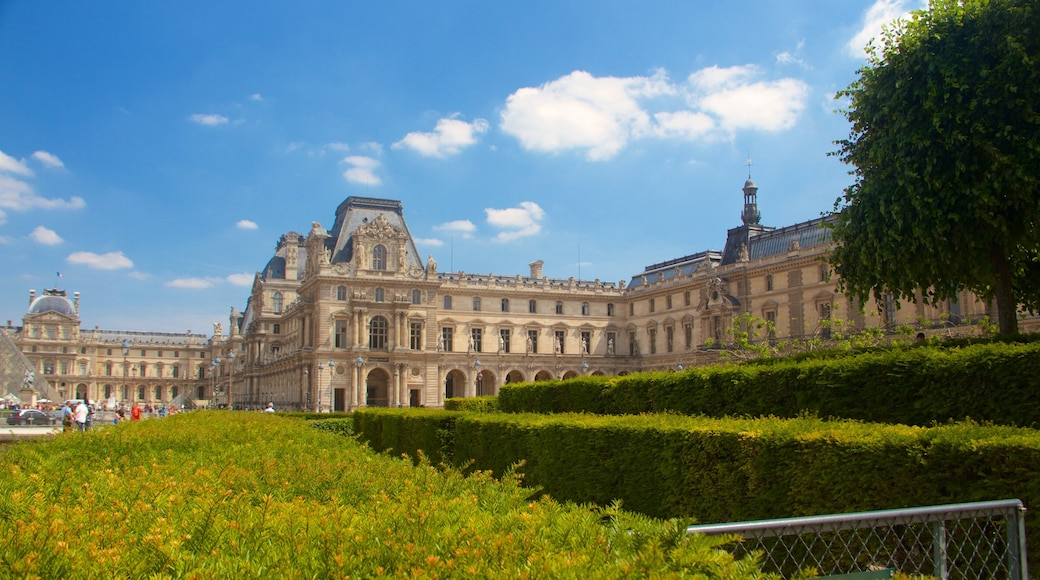 Tuileries Garden which includes heritage elements, heritage architecture and a park