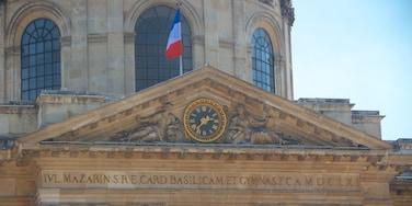 Academia Francesa mostrando elementos patrimoniales, arquitectura patrimonial y señalización