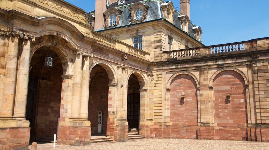 Rohan-Palast mit einem Geschichtliches