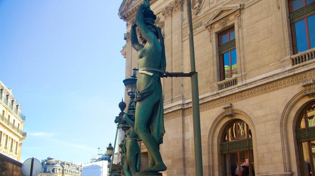 Paris mettant en vedette patrimoine historique et statue ou sculpture