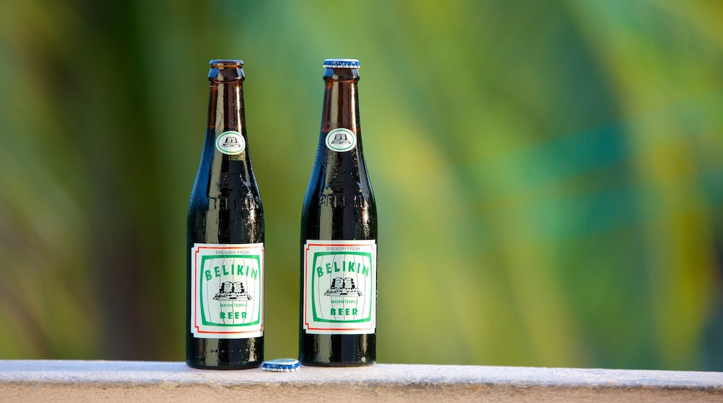 벨리즈 을 특징 음료 또는 주류
