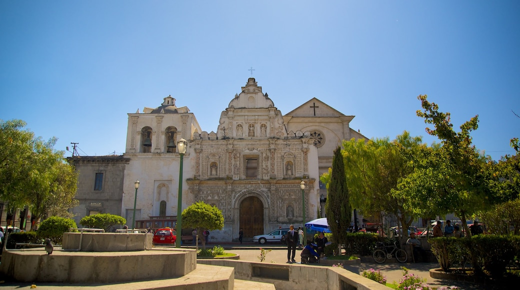 Quetzaltenango Cathedral showing a church or cathedral and a square or plaza