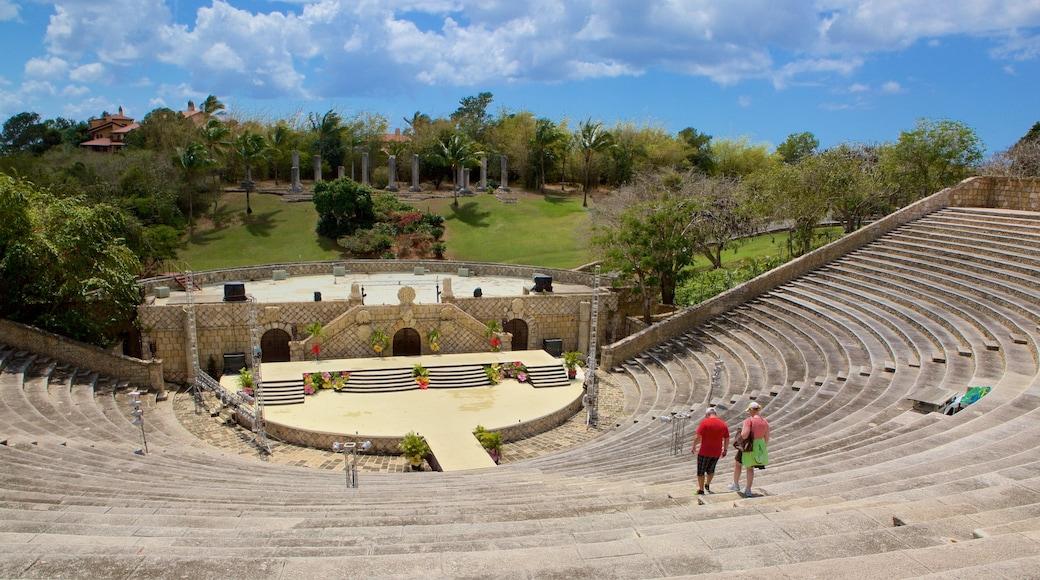 Anfiteatro Altos de Chavon caratteristiche di teatro