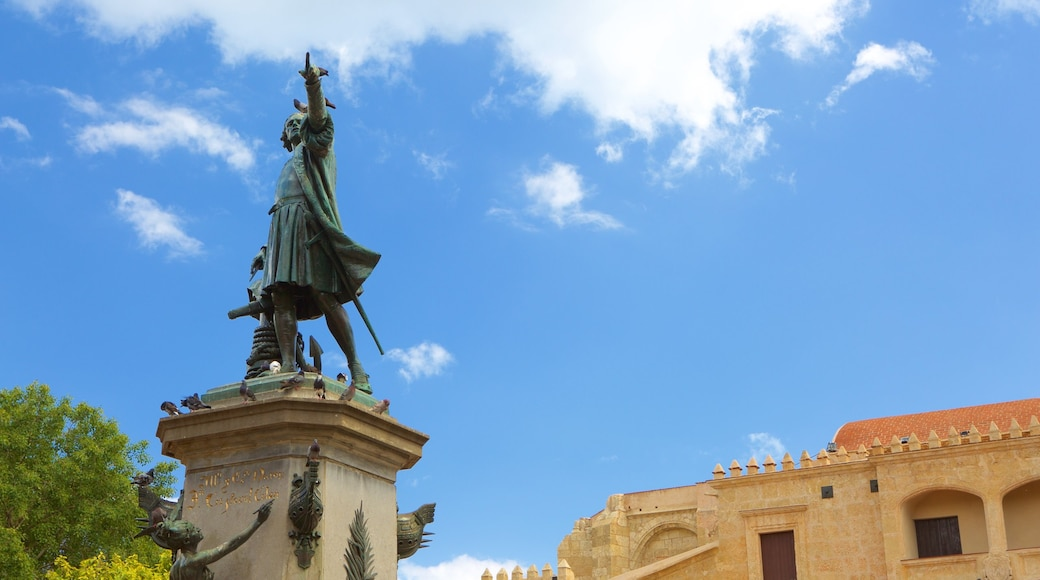 Dominican Republic featuring a statue or sculpture