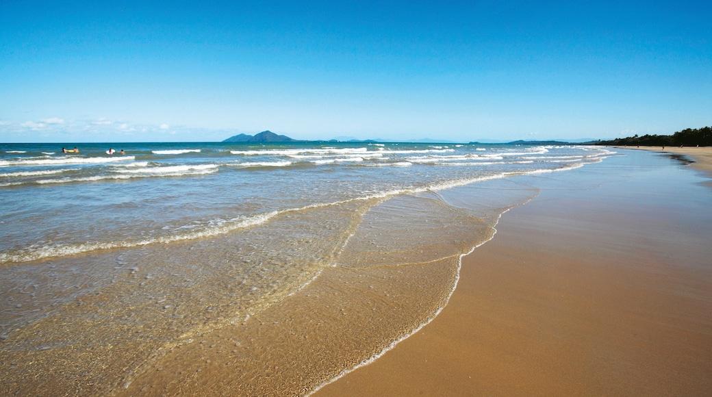 Mission Beach which includes a sandy beach