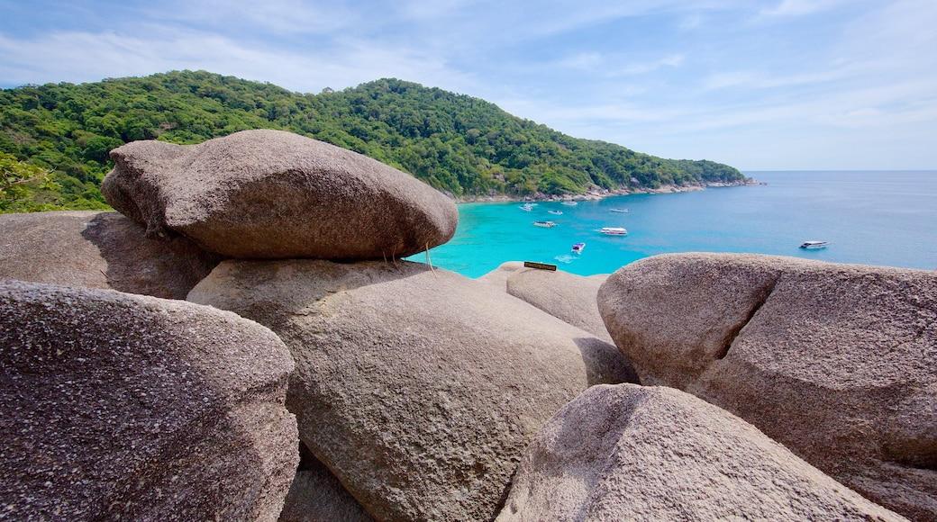 อุทยานแห่งชาติเกาะสิมิลัน เนื้อเรื่องที่ ชายฝั่งหิน