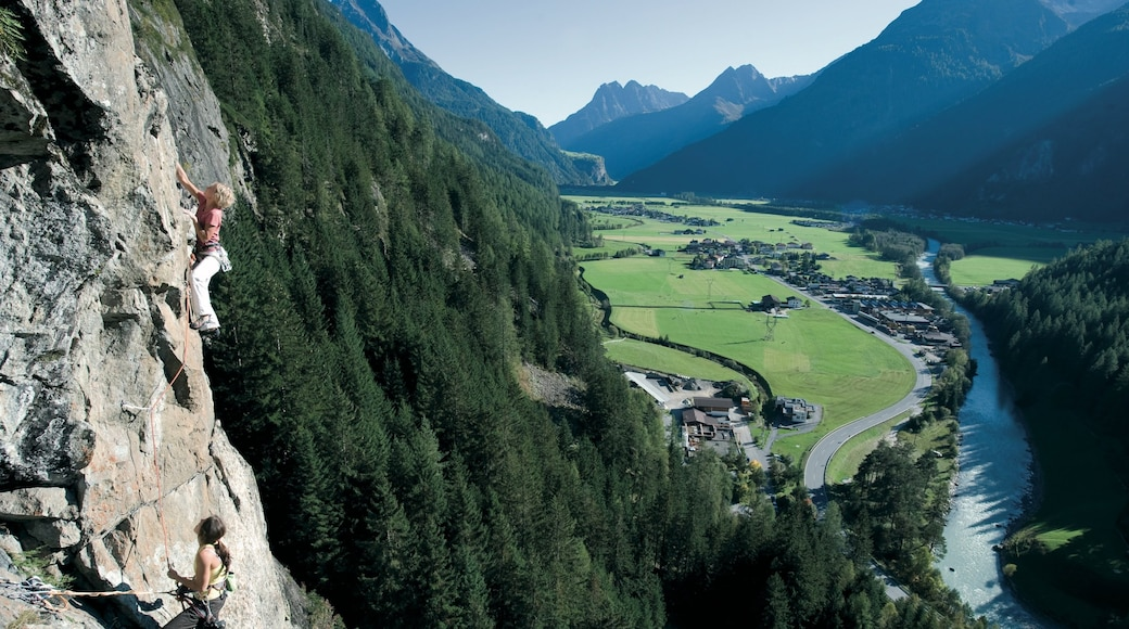 Austria showing climbing, tranquil scenes and mountains
