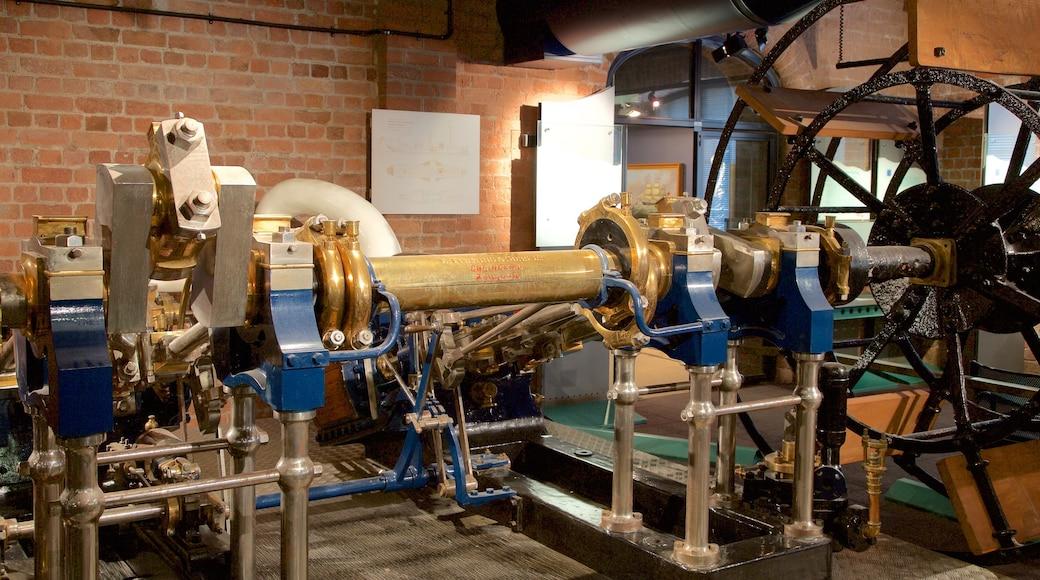 Merseyside Maritime Museum mit einem Innenansichten