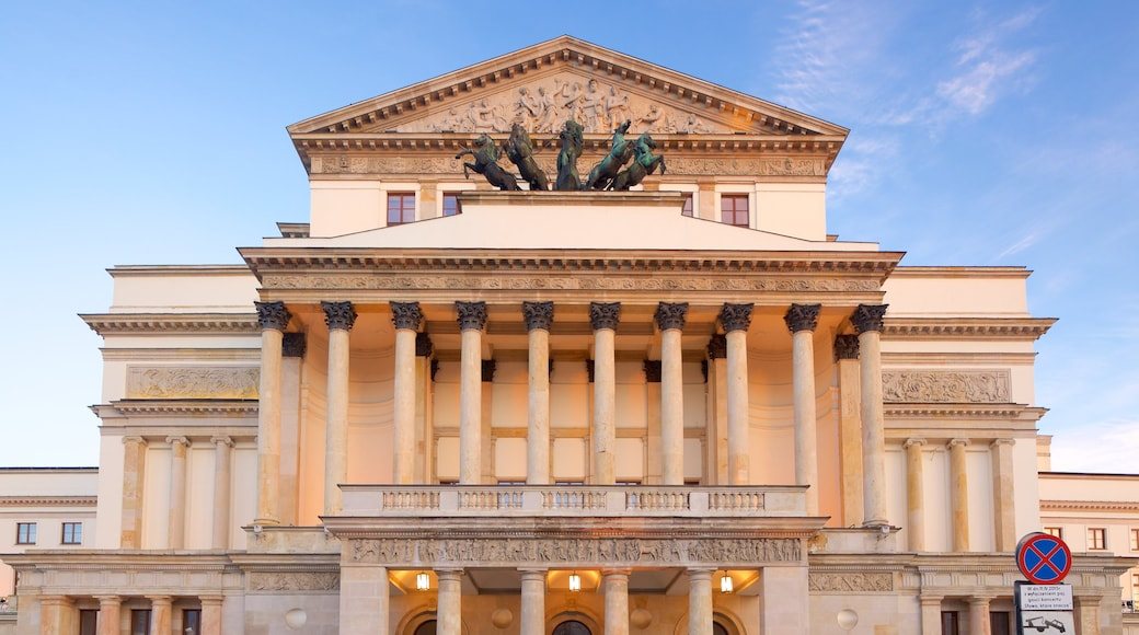 National Theatre featuring heritage architecture and heritage elements