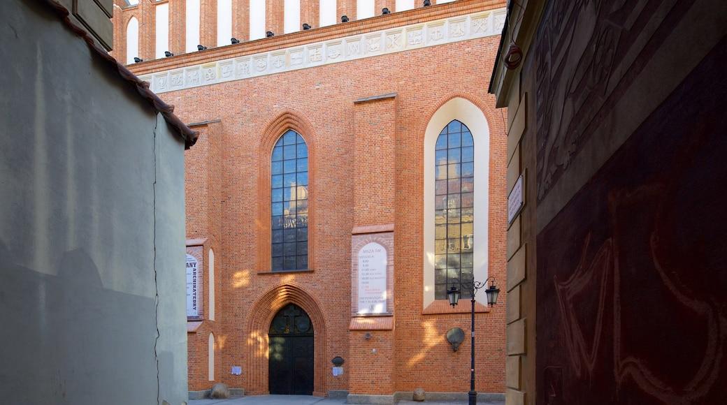 St. John\'s Cathedral featuring kirkko tai katedraali