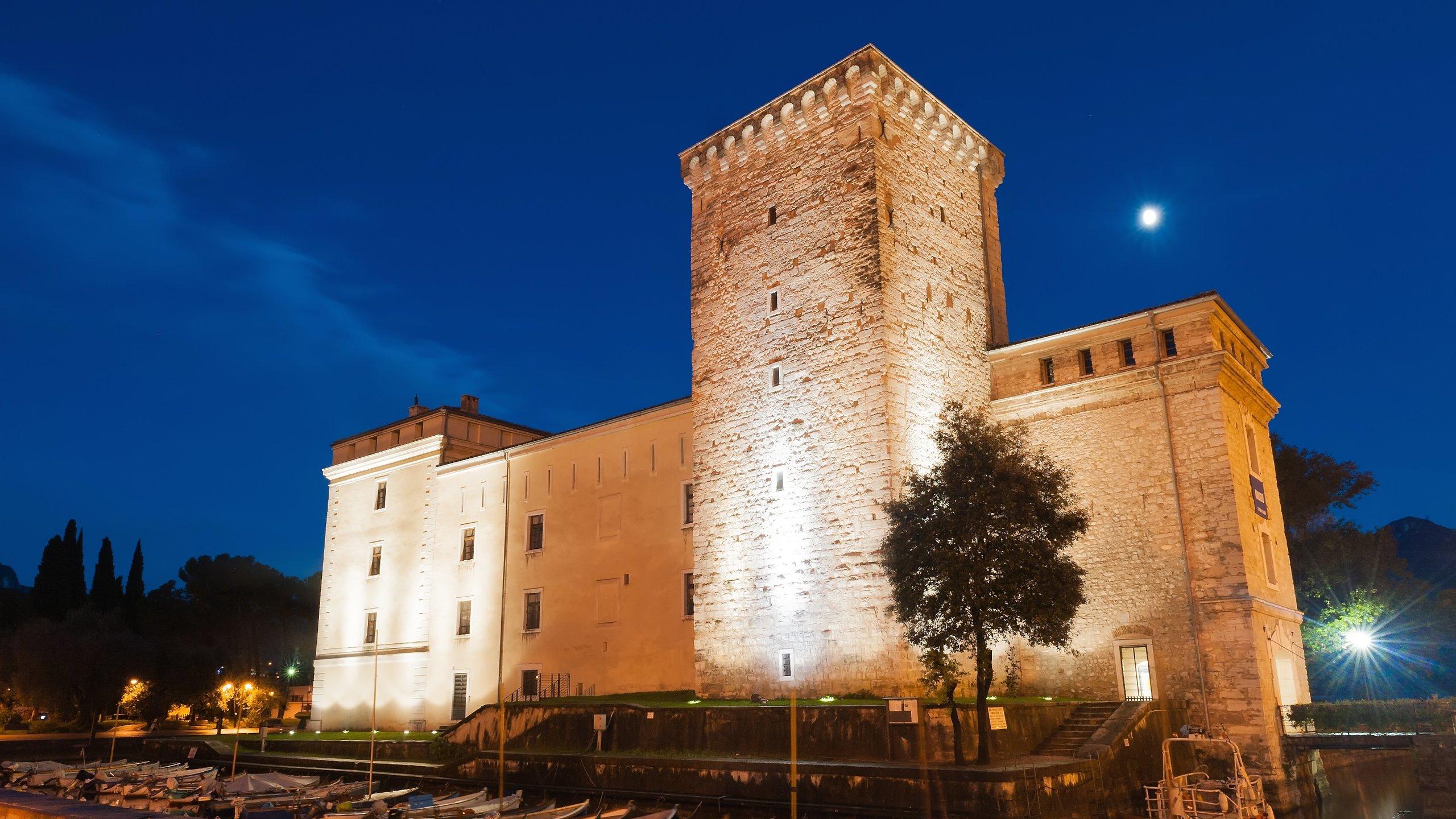 Hotel Riva Del Garda Gunstig Buchen Hotels Expedia De