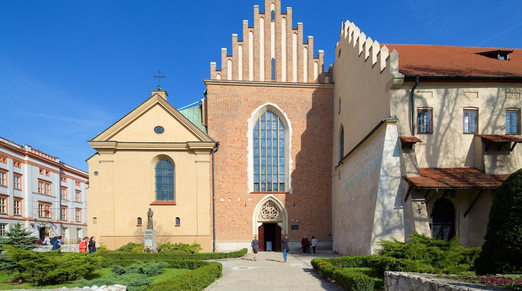 Pyhän Fransiskus Assisilaisen kirkko ja luostari johon kuuluu kirkko tai katedraali