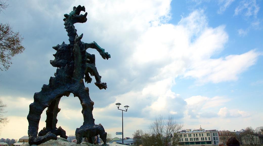 Grotte du Dragon montrant statue ou sculpture
