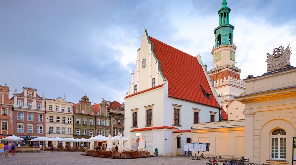 Stary Rynek welches beinhaltet Platz oder Plaza und Stadt